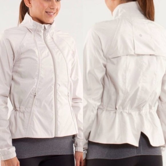 lululemon athletica Jackets & Blazers - LULULEMON ~ TRAVEL to TRACK JACKET ~ 6 ~ METALLIC